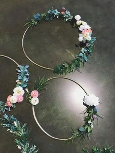 Hula Hoop Hoop verwandelt sich in einen hübschen Blumenkranz: DIY-Ideen - Hula Hoop Home Dekoration Imágenes efectivas que le proporcionamos sobre entreti - Diy Wedding, Wedding Flowers, Dream Wedding, Wedding Day, Hula Hoop, Deco Floral, Arte Floral, Fleurs Diy, Floral Hoops