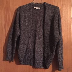 """""""Cocoon """" style shrug Tagged Large but definitely can fit a larger size as it has some give. Forever 21 Sweaters Shrugs & Ponchos"""