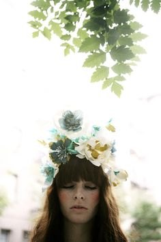 hayley sheldon flower crown in the Light. Dreamy Photography, Color Photography, Portrait Photography, Floral Hair, Floral Crown, Beauty Shots, Flowers In Hair, Beautiful Flowers, Flower Headbands