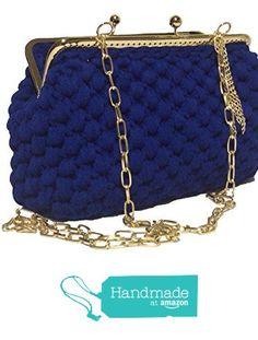 ELETTRA - Pochette da donna color blu elettrico, realizzata a mano con uncinetto. Borsetta clutch con chiusura clic clac color oro e fondo in similpelle. da Italian Craft Handmade https://www.amazon.it/dp/B0734VQYK4/ref=hnd_sw_r_pi_dp_P0vwzb70TV0VH #handmadeatamazon