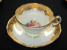 HAMMERSLEY ENGLAND GOLD LACE GLITTER PEDESTAL ROSE TEA CUP AND SAUCER