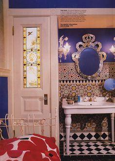 Anna Sui's bath via Elle Decor, April 03 (BB)