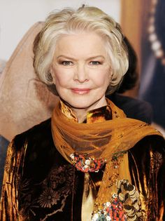 Ellen Burstyn to Get Munich Film Festival Lifetime Honor  The Oscar-winning actress will present episodes of 'House of Cards' in which she co-stars as well as Todd Solondz' 'Weiner-Dog.'  read more
