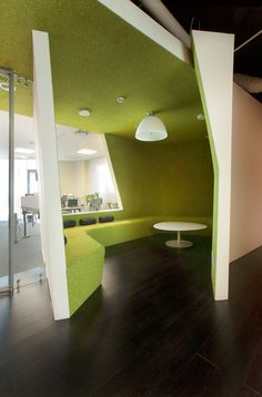 Image 16 of 32 from gallery of Kazan Yandex Office / za bor Architects. Photograph by Peter Zaytsev Corporate Interior Design, Corporate Interiors, Office Interiors, Healthcare Design, Workplace Design, Yandex, Sala Vip, Commercial Office Design, Office Pictures