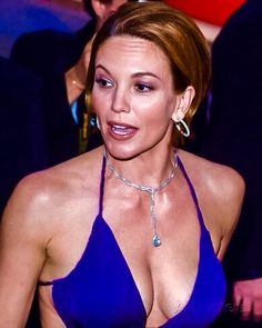 Diane Lane Actress, Jamie Lee Curtis, Iconic Movies, Kate Winslet, Aging Gracefully, Hot Actresses, Hollywood Stars, Celebrity Photos, Lady
