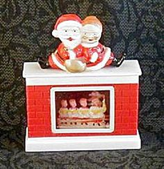 MR. & MRS. SANTA CLAUS SNOW DOME. Click on the image for more information. $18.00