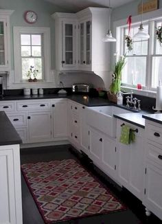 Beautiful Farmhouse Kitchen Cabinet Makeover Ideas (63)