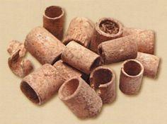Çatalhöyük, kemik boncuklar, Konya Arkeoloji Müzesi, James Mellaart (Erdinç Bakla archive)