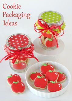 Cute and Creative Cookie Packaging Ideas - Perfect for Christmas goodies!  Includes lots of links to great sources for pretty packaging. #santa