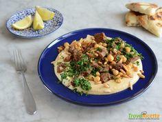 Hummus Kawarma (Hummus con agnello e salsa al limone) #ricette #food #recipes