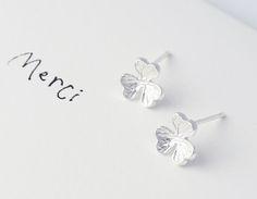 925sterling silver - Buttercup Earrings, flower earrings, christmas