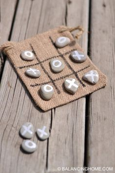 Crafts to Make and Sell – Tic Tac Toe Activity Craft – Cool and Cheap Craft . - Crafts to Make and Sell – Tic Tac Toe Activity Craft – Cool and Cheap Craft Projects and DIY Id - 40 Diy Gifts, Craft Gifts, Easy Gifts, Diy Gifts Last Minute, Cheap Gifts, Handmade Gifts, Crafts For Teens To Make, Art Ideas For Teens, Craft Ideas For Adults