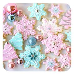Girly Christmas cookies!