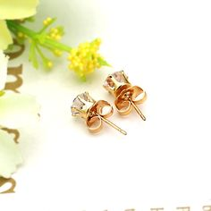 Don't you want to become more charming and attractive on many occasions? Try this elegant and fashionable #earring. It will be a great accessory and decoration for you.