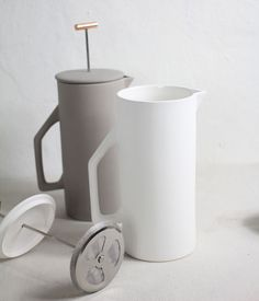 17 Contemporary Coffee Maker Designs That You'll Want To Show Off | This 8 cup french press is perfect for Sunday morning brunches with friends and family.