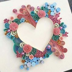 Examples of art quilling - Quilled Paper Art Arte Quilling, Paper Quilling Patterns, Origami And Quilling, Quilled Paper Art, Quilling Paper Craft, Paper Crafts, Diy Crafts, Quilling Ideas, Quilling Tutorial