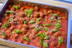 Ekspertenes beste tips til mai-koldtbordet - Godt.no Food N, Food And Drink, Tapas, Catering, Nom Nom, Curry, Beef, Breakfast, Ethnic Recipes