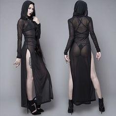 Ravens wig shroud // House of Widow Goth Beauty, Dark Beauty, House Of Beauty Wigs, Dark Fashion, Gothic Fashion, Goth Women, Sexy Women, Hot Goth Girls, Steam Punk