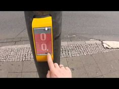 Traffic Light Lets You Play Pong - YouTube