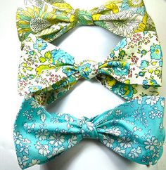 Light Blue Liberty of London Print Bow Tie custom by staghandmade on Etsy