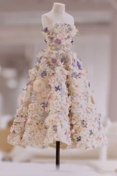 Christian Dior Couture releases Le Petit Théâtre Dior a documentary video showing the making of a dress