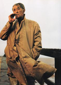 Robert Mitchum photographed by Annie Leibovitz in 1995.