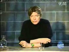 This is a very funny vid of Mr.Bowie telling a few secrets :) If I'm not mistaken this was circa 2002. Let me know if I'm wrong or not. Sorry about the bad q...