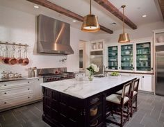 A grand kitchen with traditional Southern charm. Be inspired by Domestic Traditions, a Sub-Zero, Wolf, and Cove Traditional Kitchen Design Contest Winner. Wolf Kitchen, Tudor Kitchen, New Kitchen, Awesome Kitchen, Home Decor Kitchen, Home Kitchens, Kitchen Ideas, Casas Tudor, Closed Kitchen Design