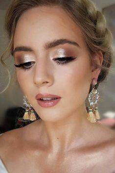 30 Zauberhaftes Brautjungfern Make-up für jede Frau | Hochzeits-Vorwärts, #Brautjungfern #Frau #für #HochzeitsVorwärts #jede #Makeup #Zauberhaftes
