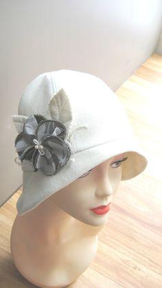 Cloche SEWING HAT PATTERN-medium - Roaring 20s flapper Cloche hat sewing pattern. $15.95, via Etsy.