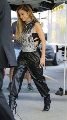 Jennifer Lopez ✾
