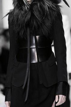 Ann Dem '13#fashion #avantgarde #dark #Minimal #simple #black #vintage #Elegent #wrinkle #trends #style #wearing #fashionweek