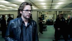 Photos - Zoo - Season 3 - Promotional Episode Photos - Episode - Drop It Like It's Hot - Best Sci Fi Movie, Sci Fi Movies, Movie Tv, Zoo Tv Series, Zoo Tv Show, Billy Burke, Zoo Photos, New Moon, Episode 3