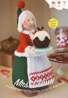 Mrs Christmas (Mrs Claus) Toy by Alan Dart Knitting Pattern: Measurement tall (Simply Knitting Magazine Pull Out Pattern) Christmas Knitting Patterns, Knitting Patterns Free, Knitted Dolls, Crochet Dolls, Alan Dart, Christmas Crafts, Merry Christmas, Father Christmas, Simply Knitting