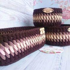 The most wonderful Crochet baskets and wicker works you'll enjoy Source by susansaruk de croche fio de malha como fazer Crochet Quilt Pattern, Crochet Headband Pattern, Crochet Basket Pattern, Crochet Patterns, Crochet Baskets, Crochet Bowl, Crochet Shell Stitch, Bead Crochet Rope, Crochet Yarn