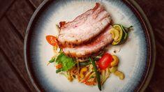 Smoked Pork Belly mit Thai Kohlrabi-Salat