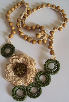 Collares tejidos a crochet - Imagui