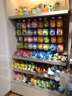 Pokemon Photos from Tokyo - Throh Sawk Tympole Oshawott Tepig Snivy Pikachu Pokedolls
