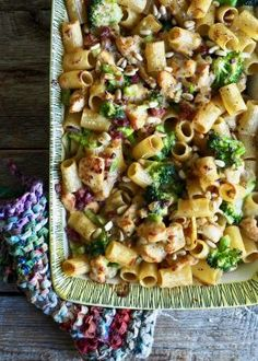 Grilled pasta with chicken and bacon- Gratinert pasta med kylling og bacon Grilled pasta with chicken and bacon - Mexican Food Truck, Mexican Food Recipes, Ethnic Recipes, Traditional Mexican Food, Chicken Pasta, Herbal Remedies, Nom Nom, Herbalism, Grilling