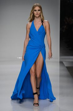 Atelier Versace at Couture Spring 2016 - Runway Photos