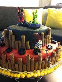 ninjago cake in Finnish - great ideas!
