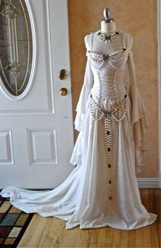Gowns Pagan Wicca Witch:  Lady Gwen Lace Up Fantasy Medieval #Gown Velvet and Lace Custom.