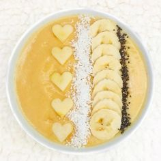 This tropical smoothie contains frozen mango, papaya & pineapple, fresh banana and oat milk. Have a smooooth Tuesday everyone! Cantaloupe, Smoothie, Tuesday, Pineapple, Mango, Frozen, Milk, Tropical, Banana