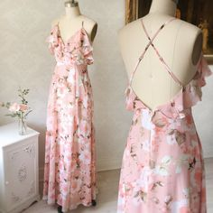 Eniko The perfect maxi dress to pack for a summer getaway! Cute Dresses, Beautiful Dresses, Prom Dresses, Formal Dresses, Maxi Dress With Slit, Floral Maxi Dress, Festa Party, Kawaii Clothes, Glamour