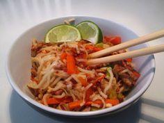 En verden af smag!: Thainudler med Svinekød - og nyt ugetema: Hakket Svinekød