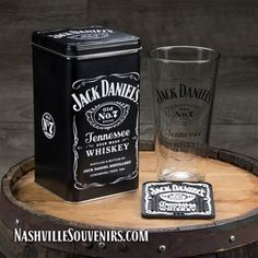 Jack Daniels Gift Set with Tall Mixing Glass and Coaster Jack Daniels Shop, Jack Daniels Gift Set, Jack Daniels Black Label, Jack Daniels Bottle, Jack Daniels Whiskey, Jack Daniels Merchandise, Jack Daniels Single Barrel, Crown Royal Drinks, Jack Daniel's Tennessee Whiskey