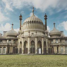 The Royal Pavilion (#brighton #royalpavilion #beautiful #architecture #indian #palace #hdr #travel #seaside #faded #blogger #blogging #blog #unitedkingdom #uk #britain #england #iphone #architectureporn