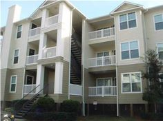 **  Beautiful Marshfront First  Floor Unit w/  Fireplace and Two Full Baths ** Very Private ** Covered Porch ** Cherry Wood Floors ** Freshly Painted ** New Appliances ** New Carpet in Bedrooms ** New Fans & Light Fixtures, New Mirrors Over Vanities, etc ** Crown Moulding ** Fantastic Unit in Best Location ** Very Quiet ** Resort Style Amenities ** Minutes to Downtown Charleston or Folly Beach ** Vacant & Ready to Move in to Now ** This is NOT a Short Sale or Foreclosure and is Just a Really…