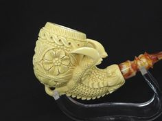 Floral Egg in a Dragon Claw Meerschaum Pipe écume de mer Schiuma di Mare Hand Carved Tobacco Smoking Pipes