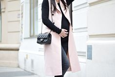#naatasaa #peaceloveandfashionforever #pregnancy #pregnancystyle Maternity Fashion, Duster Coat, Pregnancy, Jackets, Down Jackets, Maternity Styles, Pregnancy Planning Resources, Pregnancy Fashion, Jacket